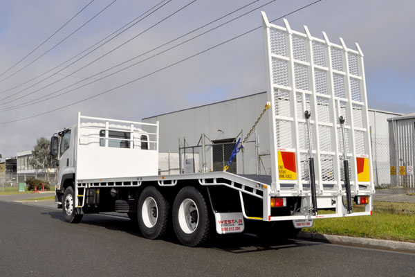 Brenmark-Transport-Equipment-quality-truck-bodies-Melbourne-Dandenong-Frankston-Melbourne-Peninsula-Victoria-Beaver-Tail-6