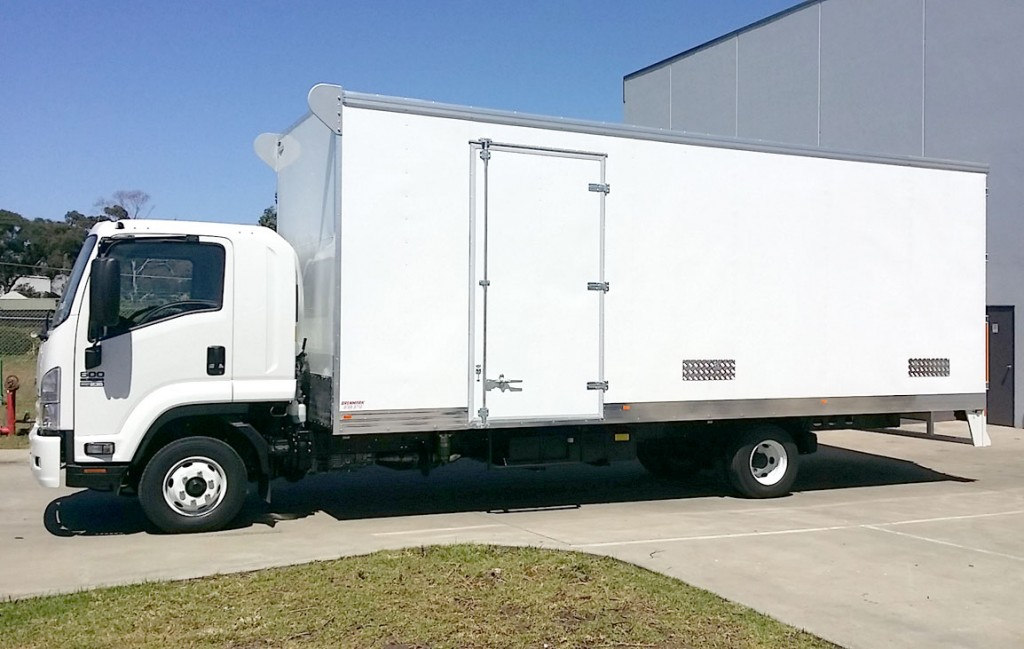 Brenmark-Transport-Equipment-quality-truck-bodies-Melbourne-Dandenong-Frankston-Melbourne-Peninsula-Victoria-Colourbond-vans-1
