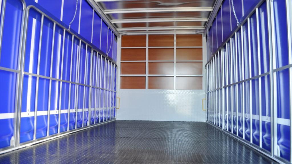 Brenmark-Transport-Equipment-quality-truck-bodies-Melbourne-Dandenong-Frankston-Melbourne-Peninsula-Victoria-Curtain-Slider-5
