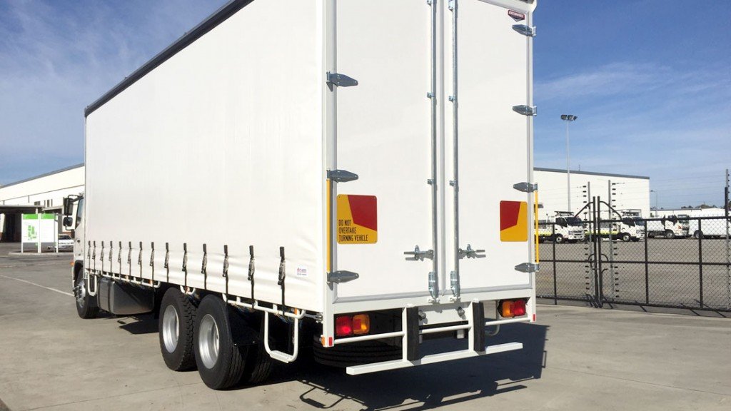 Brenmark-Transport-Equipment-quality-truck-bodies-Melbourne-Dandenong-Frankston-Melbourne-Peninsula-Victoria-Curtain-Slider-6