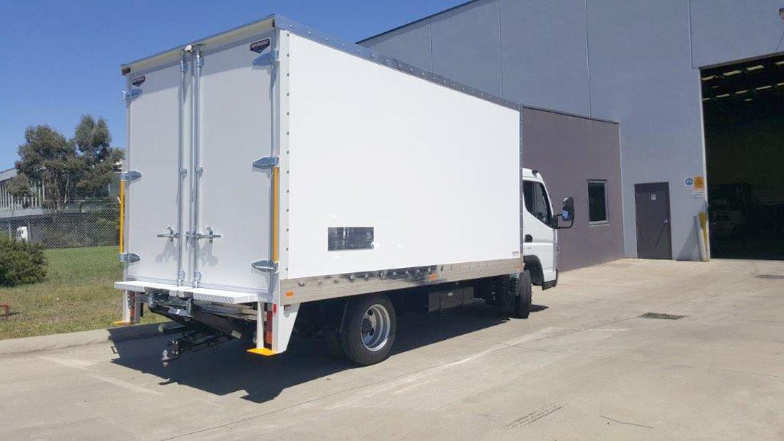 Brenmark-Transport-Equipment-quality-truck-bodies-Melbourne-Dandenong-Frankston-Melbourne-Peninsula-Victoria-FRP-vans3