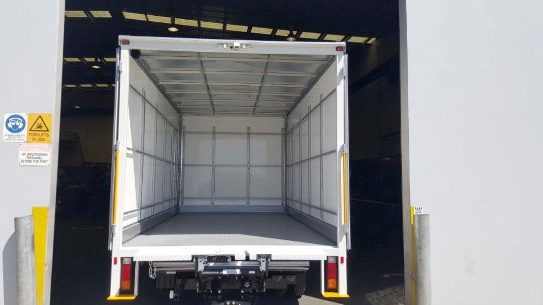Brenmark-Transport-Equipment-quality-truck-bodies-Melbourne-Dandenong-Frankston-Melbourne-Peninsula-Victoria-FRP-vans4