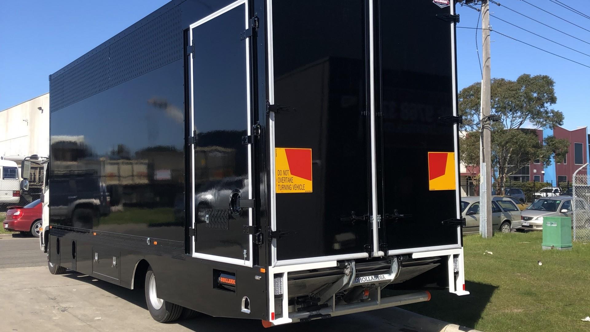 FRP-Vans-Black-2